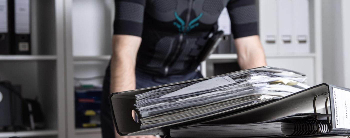 Office Fitness mit dem Antelope EMS Anzug
