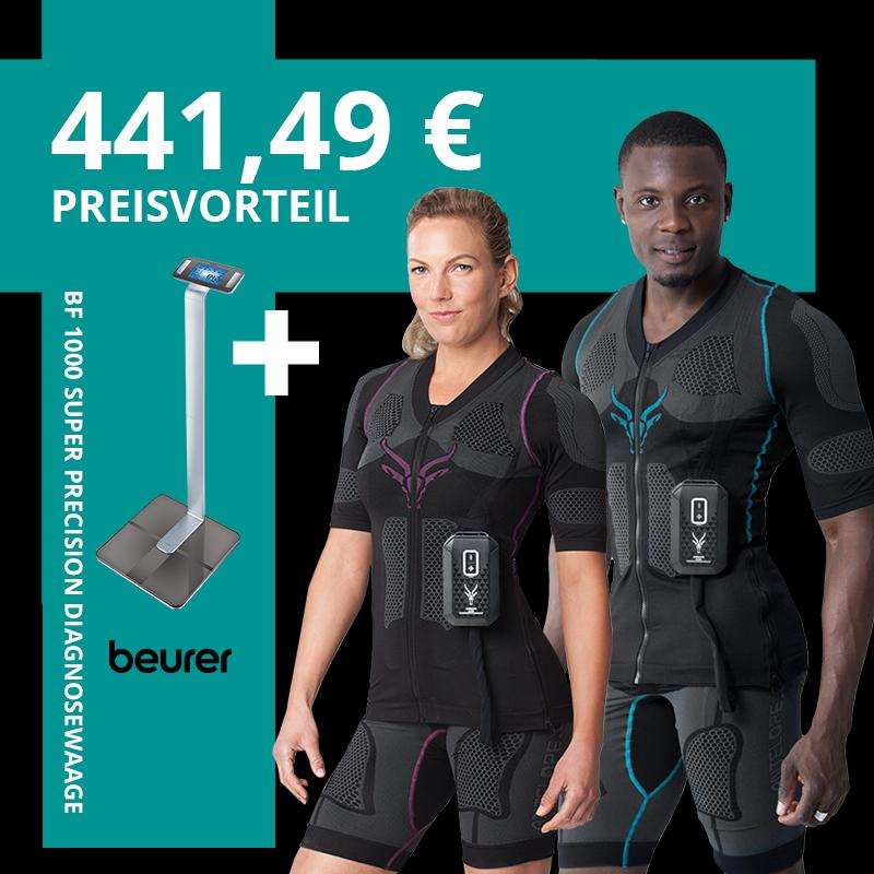 """Produktbild des kabellosen EMS-Anzugs von ANTELOPE samt der BF 1000 Diagnosewaage von Beurer. Getragen wird der EMS-Anzug von einem sportlichen jungen Mann und einer sportlichen jungen Frau. Der ANTELOPE EMS-Anzug besteht aus einem dunklen Shirt einer dunklen Shorts und dem ANTELOPE.BOOSTER. Links im Bild befindet sich die BF 1000 in einem türkisenen Feld. Über ihr steht """"441,49 € - Preisvorteil"""""""